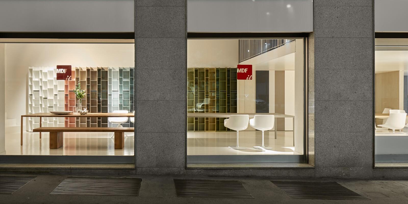 Showroom a milano arredamento dal design unico mdf italia for Showroom arredamento roma