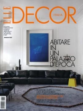 Flow pouf four legged elegant pouf mdf italia for Elle decor interni