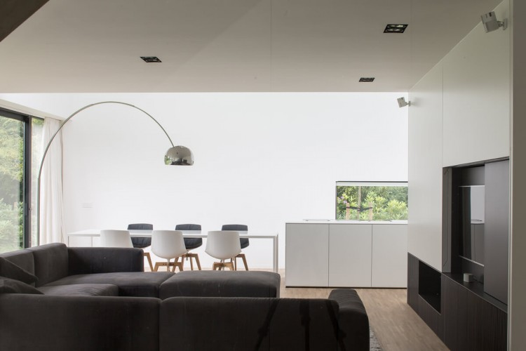 Interni villa moderna casa interni bianchi progetti mdf for Interni villa moderna