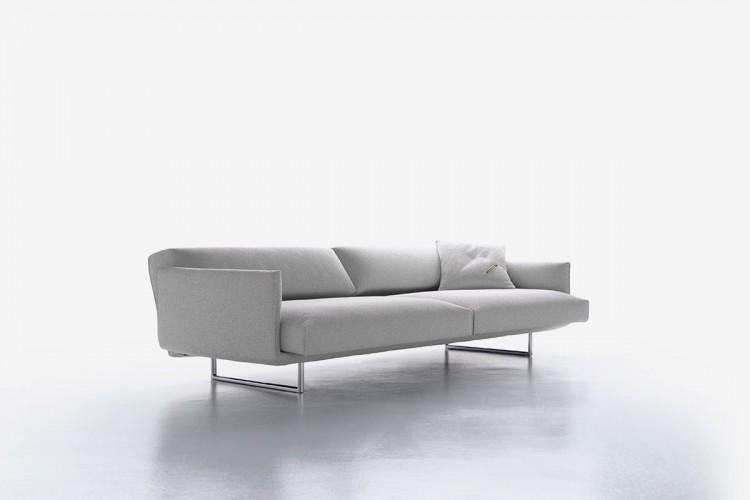 Divano hara tecnologia dal design curato e minimal mdf for Poltrone minimal