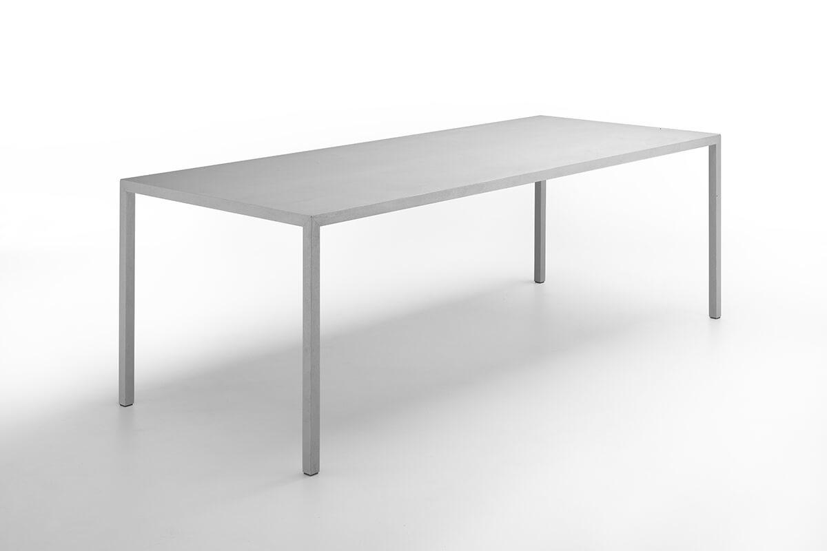 Eettafel Mdf Italia.Tense Material A Long Rectangular Designer Table Made Of