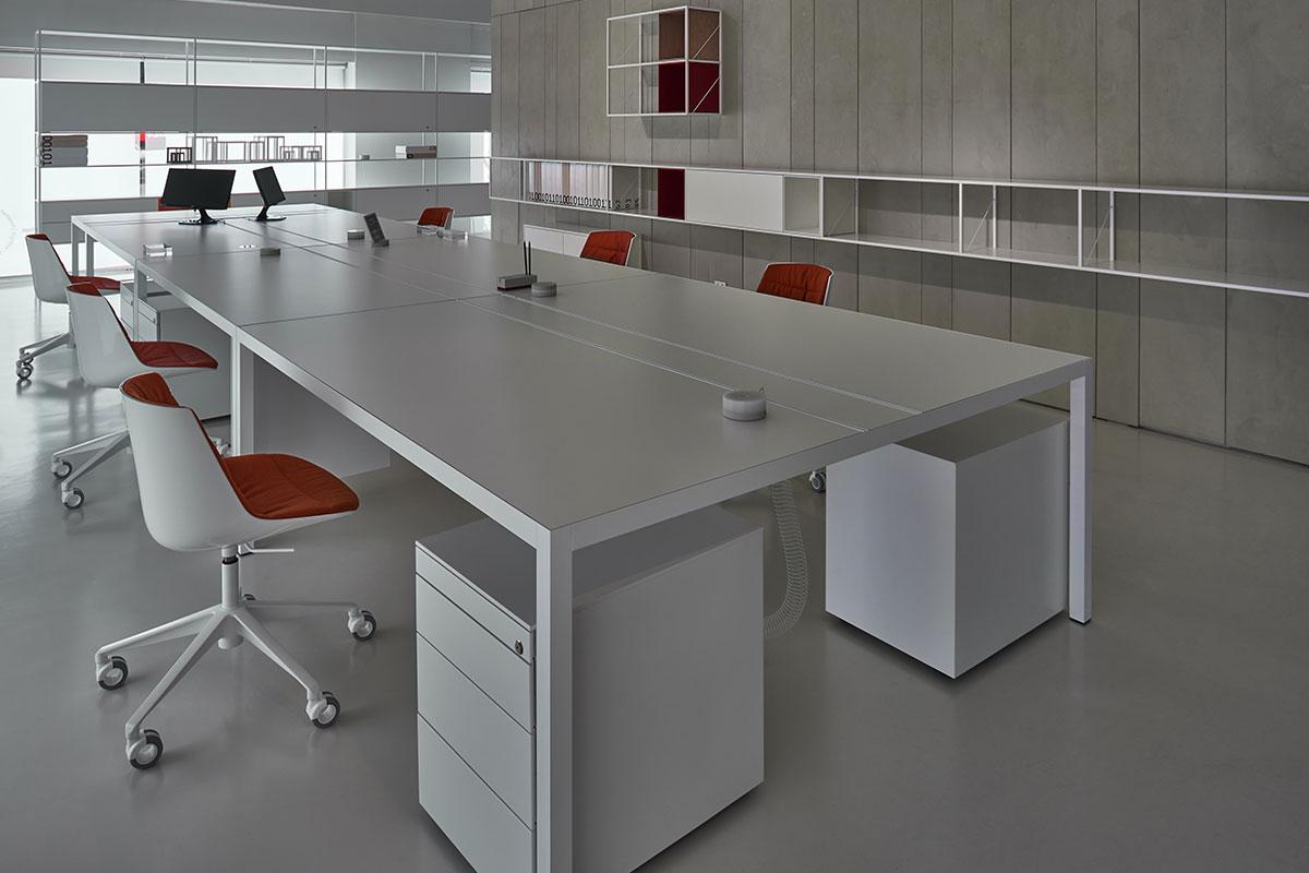 Desk 3 0 single colour and functional workstation mdf for Office design italia srl