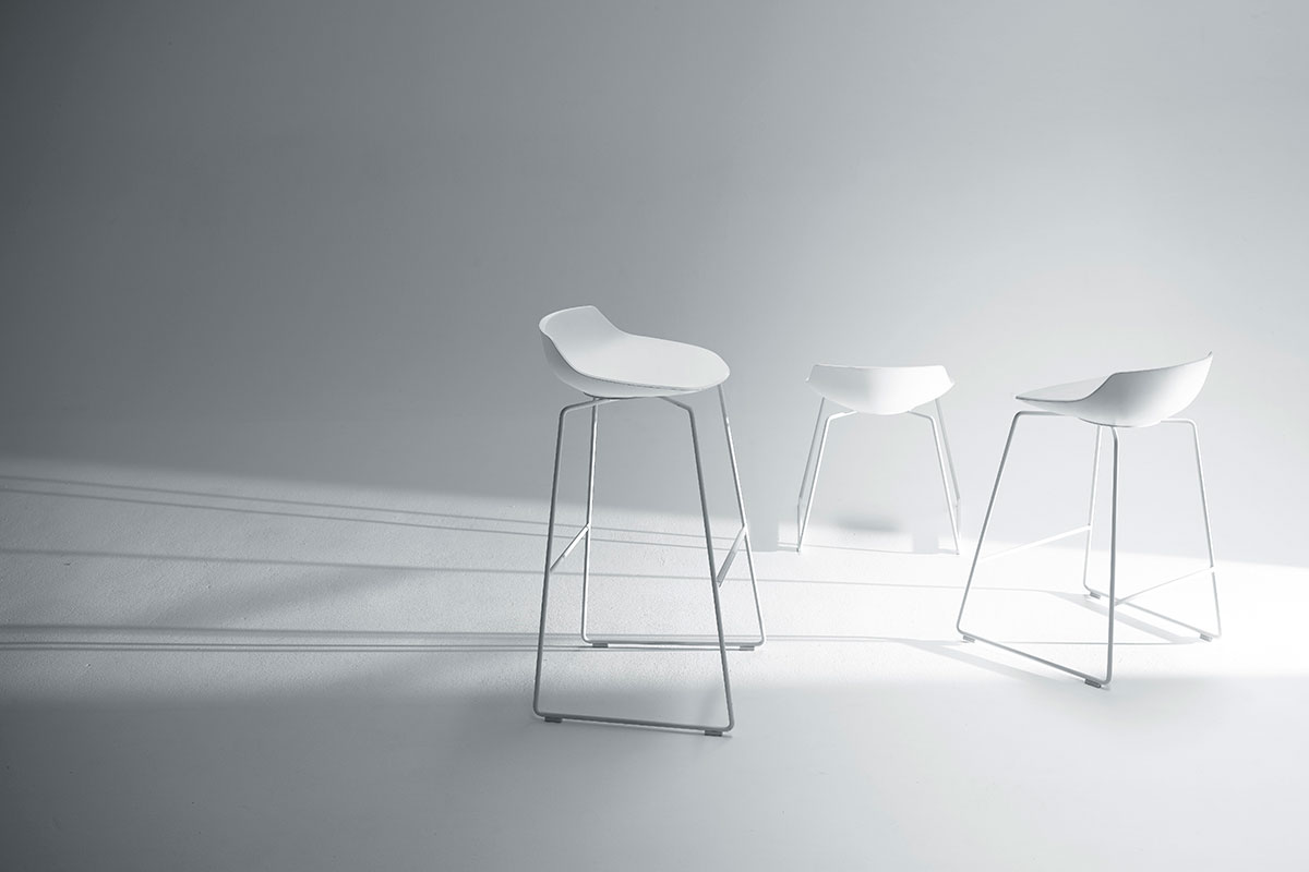 Flow stool sgabelli alti e bassi dal design moderno mdf italia