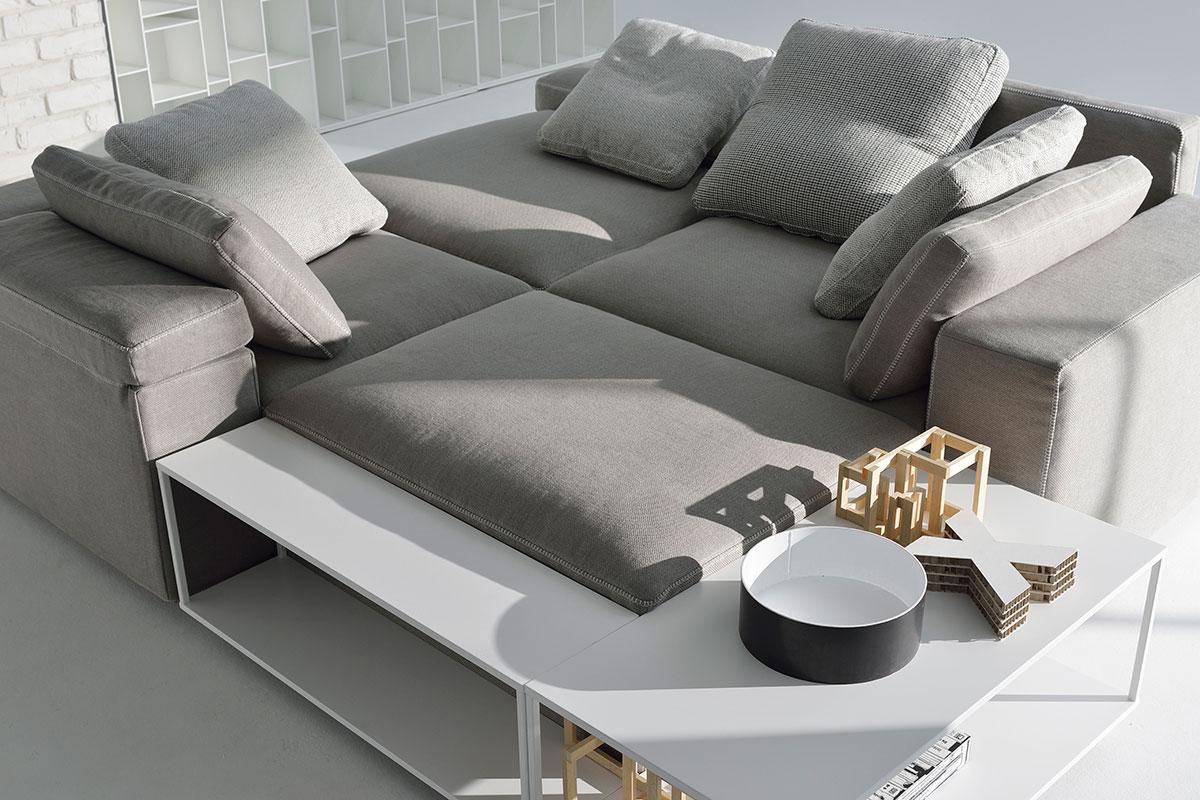 Grafo modular sofa. Information and pictures. MDF Italia.
