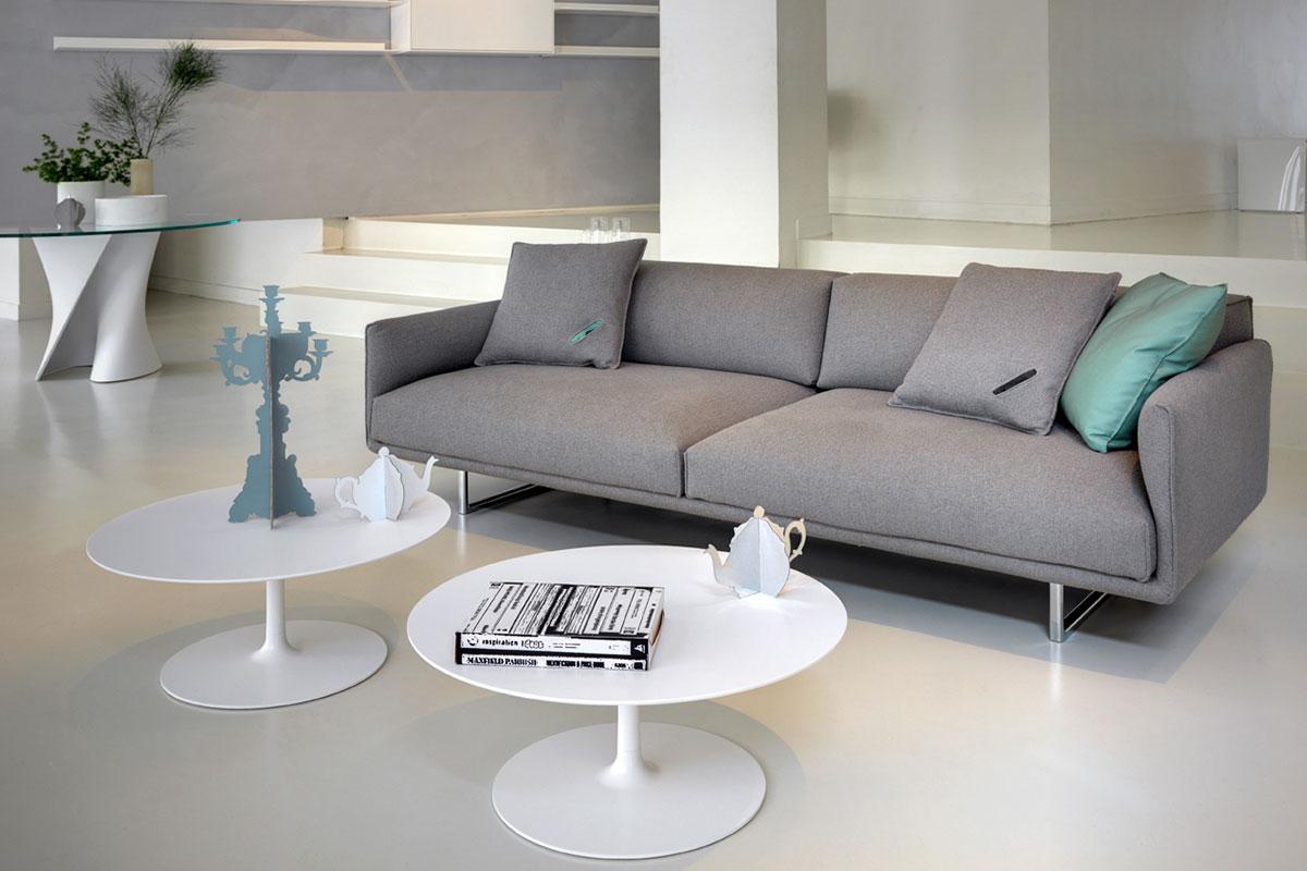 Divano hara tecnologia dal design curato e minimal mdf for Divano minimal