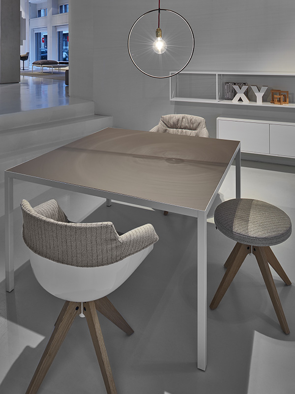 Lim 3.0. Lightweight, thin table with a unique design. MDF Italia.