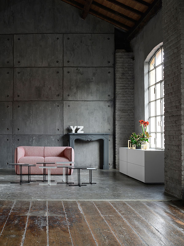 Collezione MIA di divani, poltrone e pouf. MDF Italia.