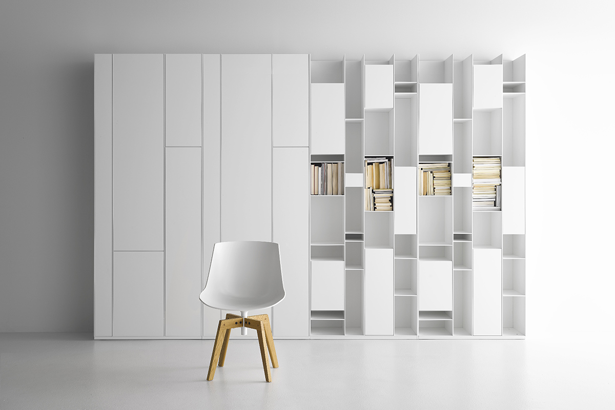 random box bookcase with compartments in lacquered wood. Black Bedroom Furniture Sets. Home Design Ideas