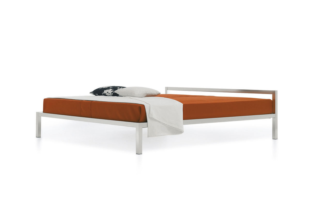 ALUMINIUM BED Bed structure with a rigorous design MDF Italia