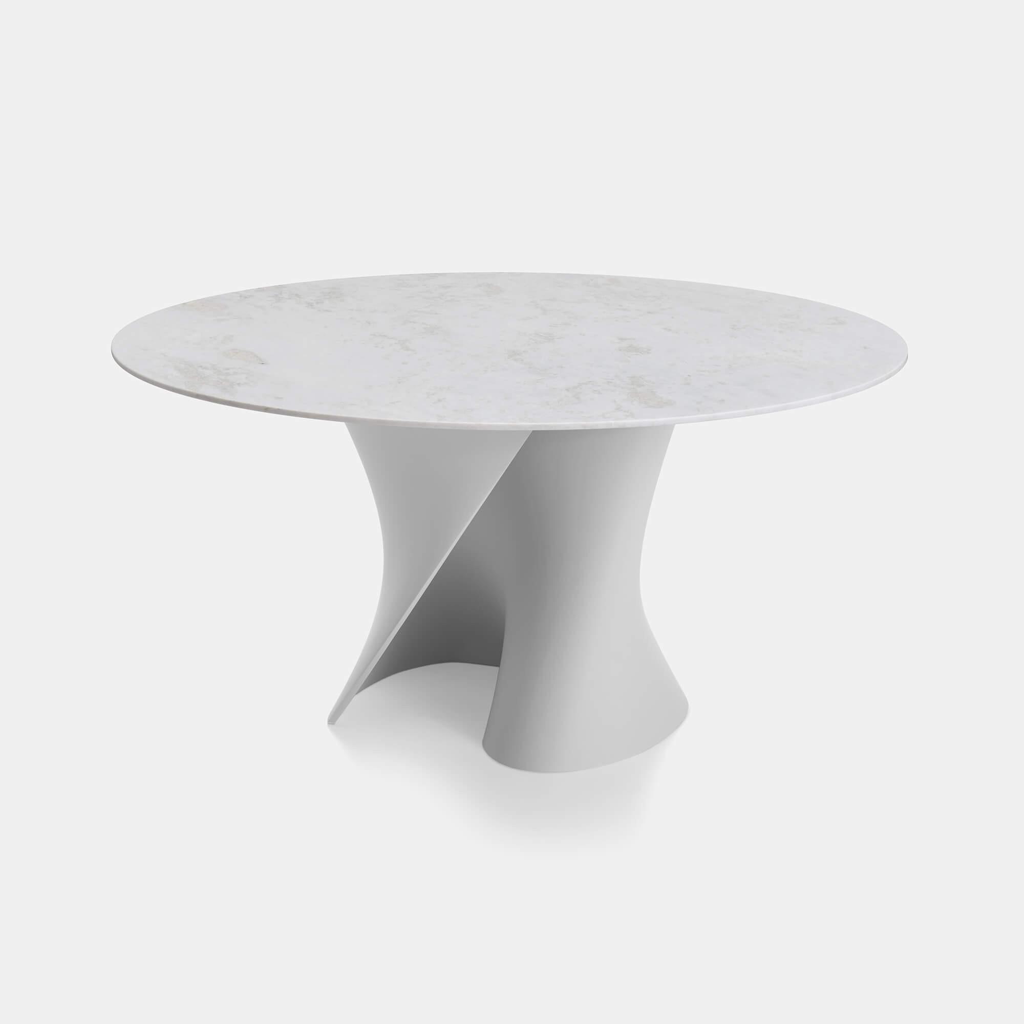Tavolo rotondo design, tavolo ovale moderno. S table con piani in marmo.