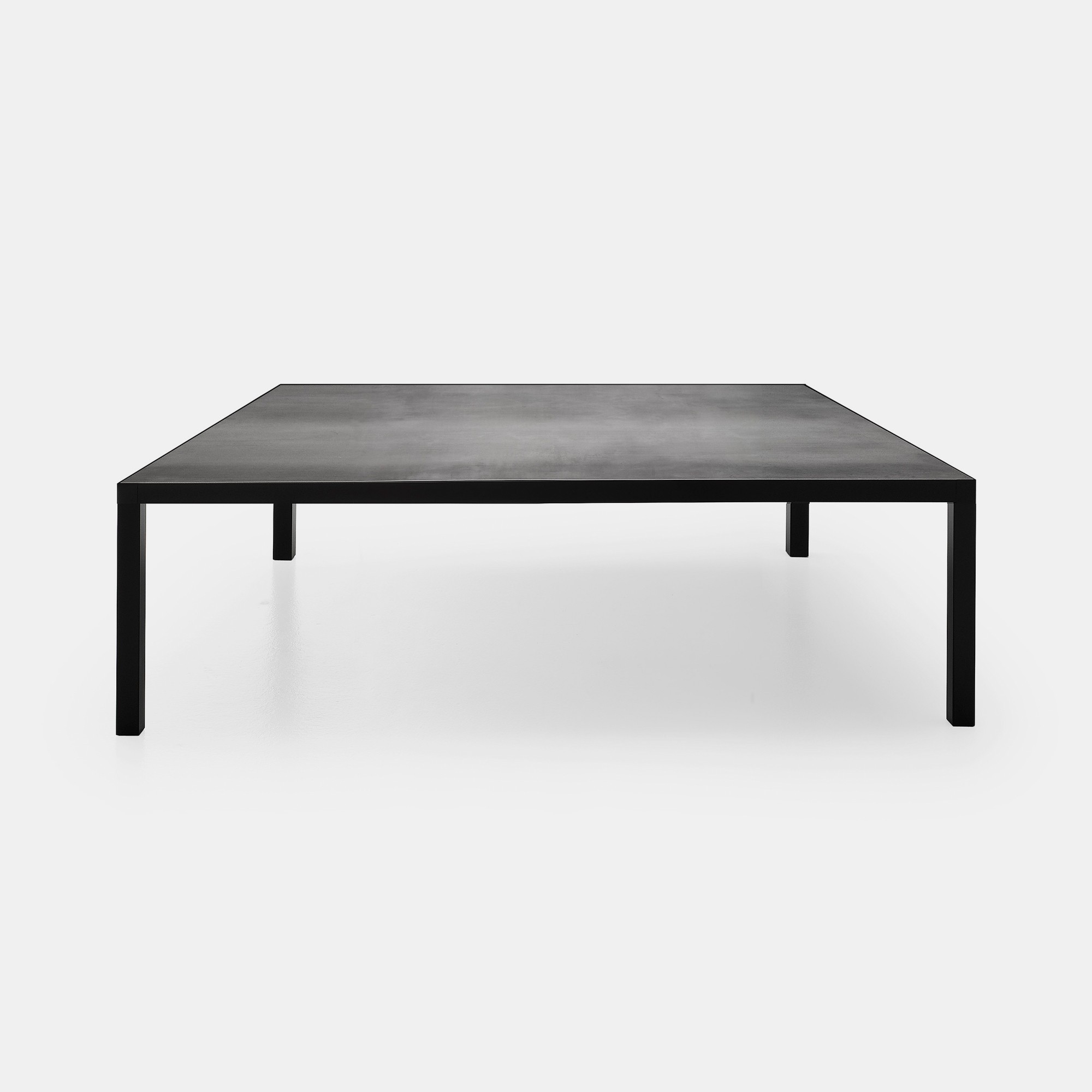LIM 3 0 Lightweigth coffee table with a rigorous design MDF Italia