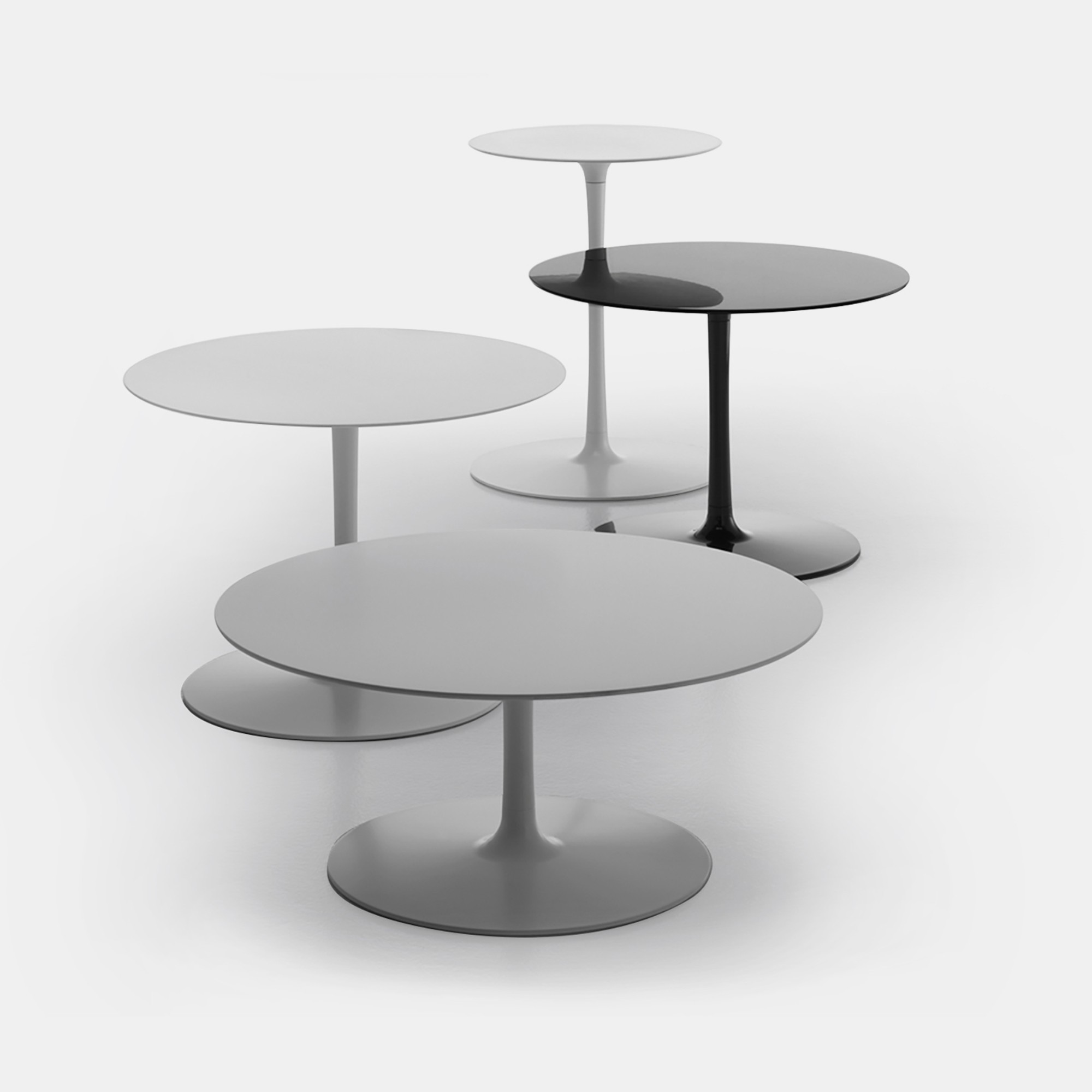 Flow Low Table Single colour round shaped coffee tables MDF Italia