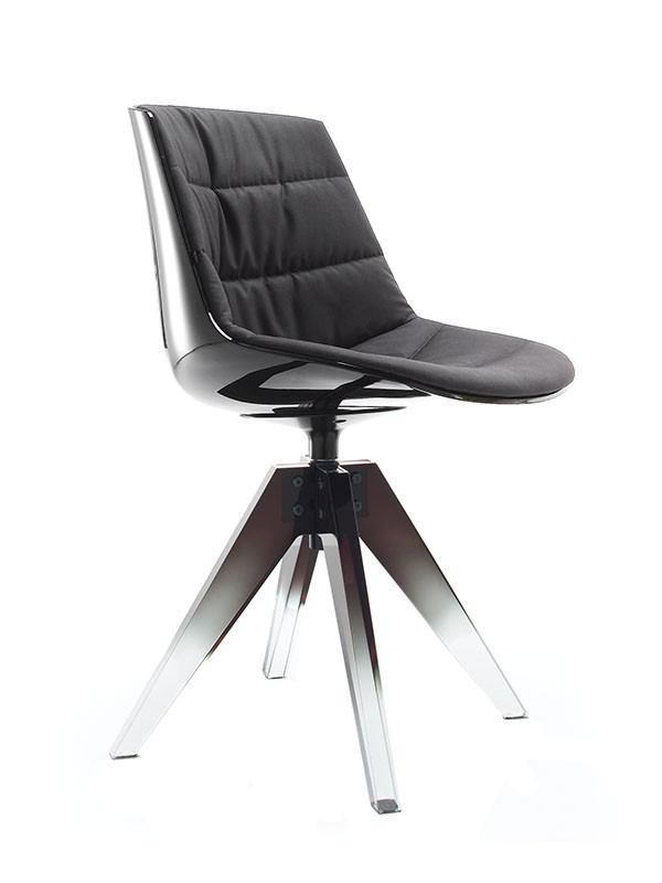 FLOW 10TH. The iconic version of Flow Chair and Flow Slim. An hymn to sculpture.