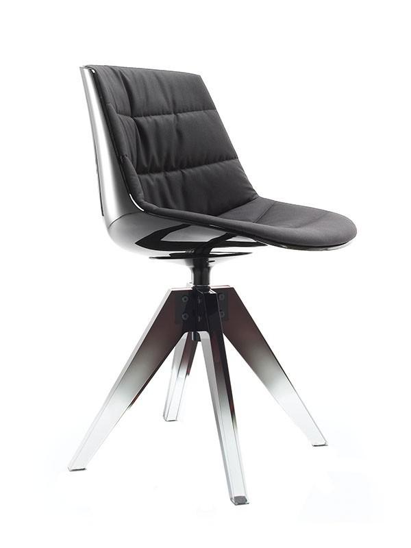 FLOW 10TH. Iconica versione delle sedute Flow Chair e Flow Slim. Inno alla scultoreità.