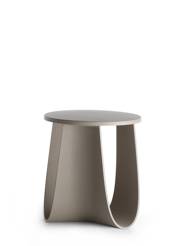 Sedie design poltroncine e sgabelli moderni mdf italia for Sedie design italia